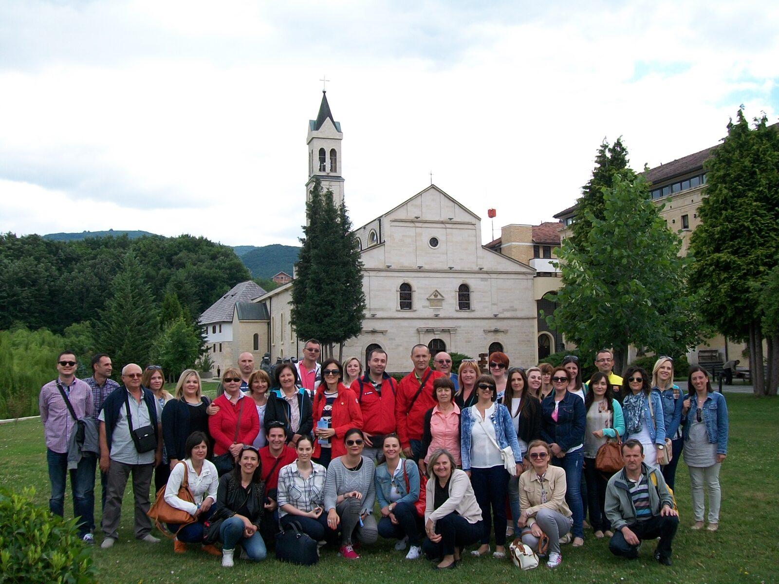 VDjelatnici škole posjetili  Ramu-Šćit